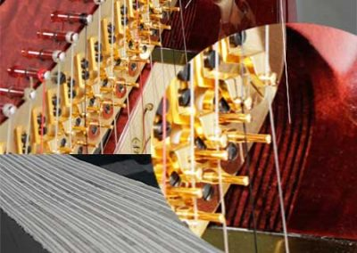 The concert harp neck or console. Cuello o cónsola arpa de concierto