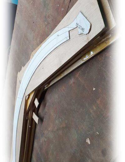 Arpa doble aragonesa. Double Aragón harp pillar making