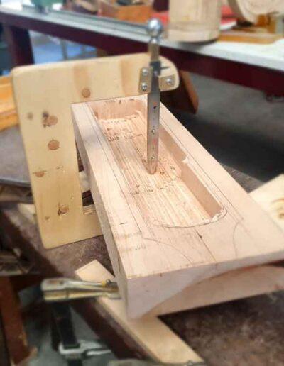 Body medieval harp making. Arpa doble medieval
