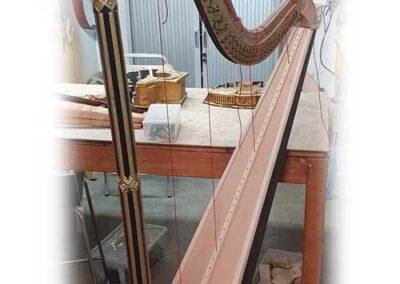 Arpa erard 1843. Nuevo cuello,pilar, mecanismo, caja de pedales, sounboard y espalda cuerpo.